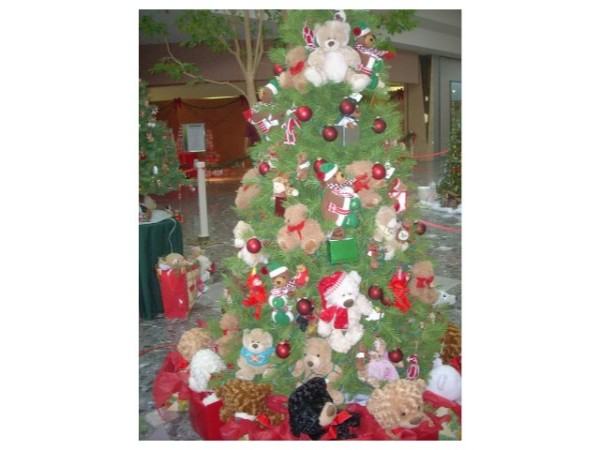 2009 We Care Trees Teddy Bear Tree