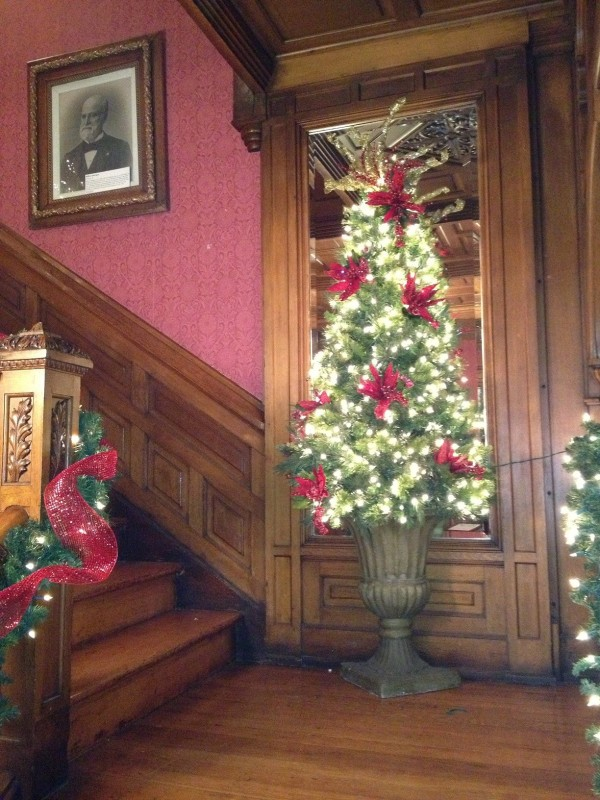 Christmas at the Seiberling stairs