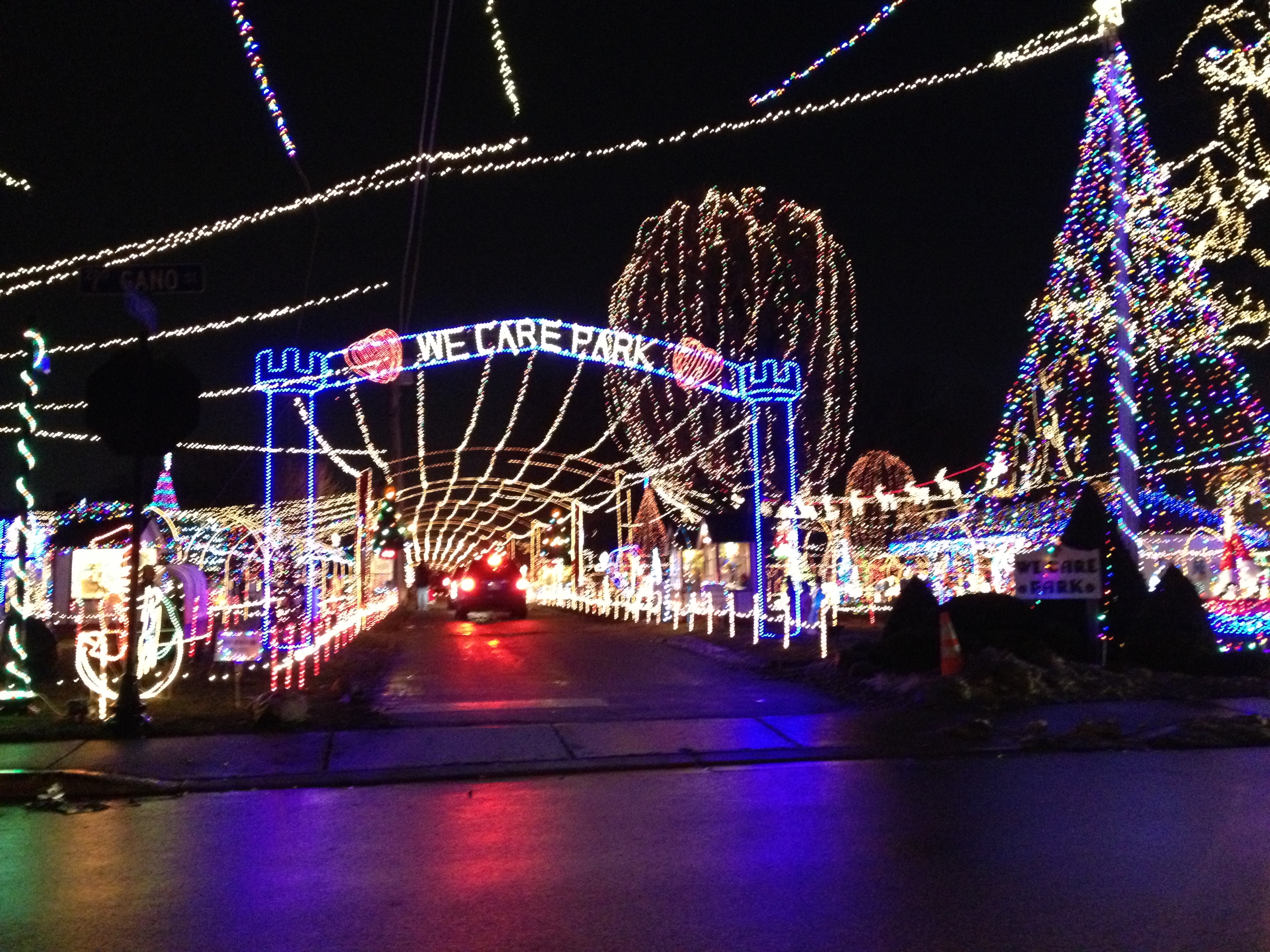 Kokomou0027s Holiday Light Displays · WeCarePark Pictures