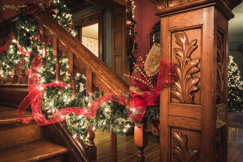 Christmas at the Seiberling staircase